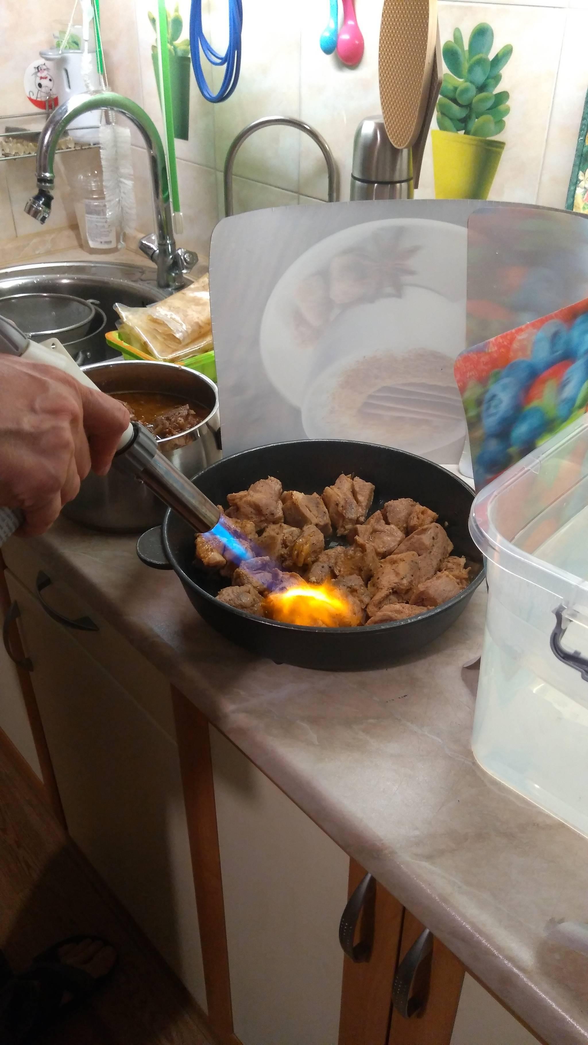 Вентилятор для приготовления шашлыка, сделанный в китая, видео