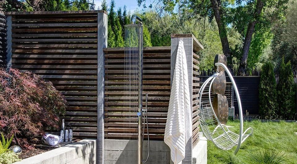 Как построить летний душ на даче своими руками