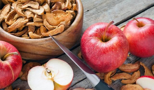 Полезные свойства сушеных яблок и как приготовить в домашних условиях
