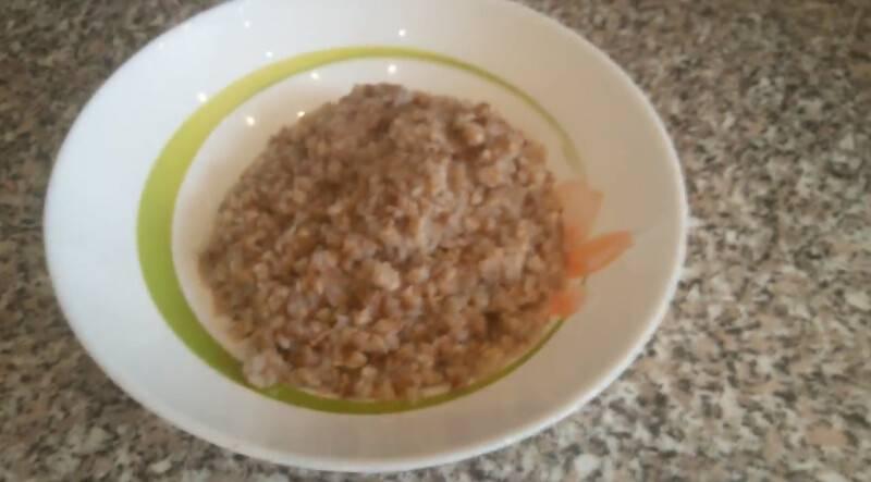 Как вкусно приготовить гречку с тушенкой на сковороде, в мультиварке, духовке, сварить в кастрюле: лучшие рецепты. как сделать гречку с тушенкой с грибами, овощами, луком, по-купечески: рецепты