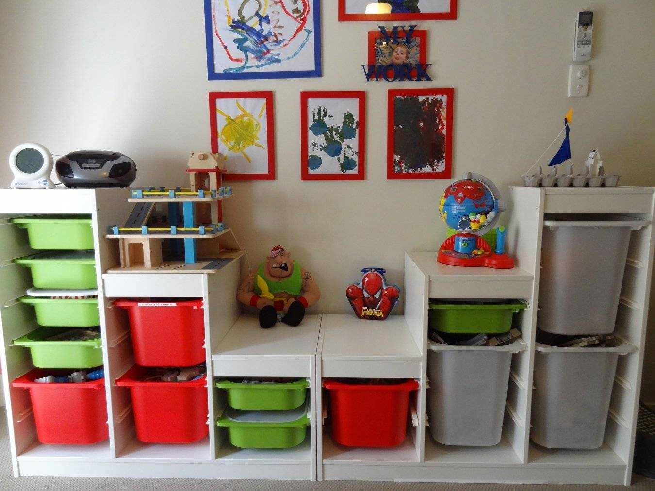 Крутые уловки: 28 лайфхаков для аккуратного хранения вещей в доме