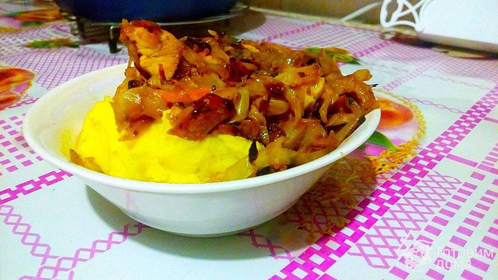 Тушеная капуста с картошкой и мясом — рецепт с фото пошагово