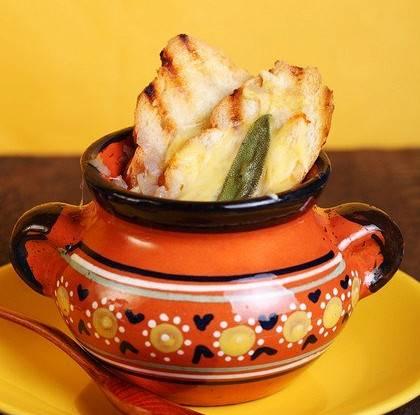 Французский луковый суп — 7 классических рецептов