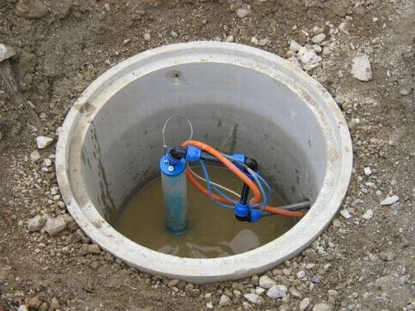 Как сделать дачный водопровод из скважины