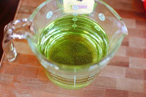 Масло виноградных косточек: полезные свойства, противопоказания, применение