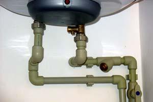 Как правильно установить и подключить водонагреватель на даче?