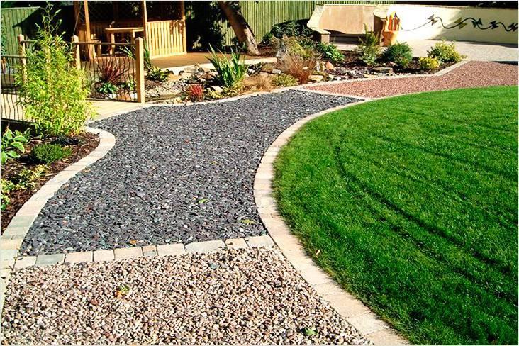 Как изготовить надежные садовые дорожки на даче своими руками
