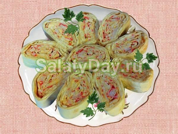 Закуски из лаваша с начинкой — 20 рецептов приготовления на праздничный стол