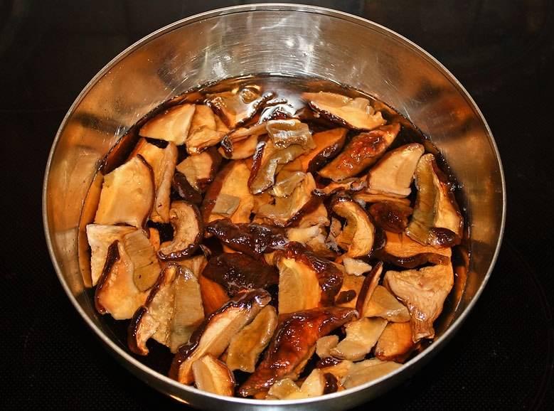 Сухие белые грибы рецепты приготовления. учимся правильного готовить сушеные грибы