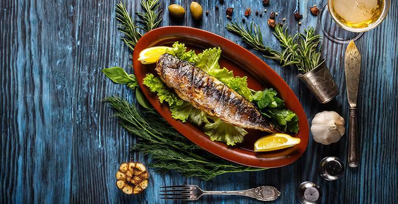 Запеченная рыба с картошкой в духовке - 130 домашних вкусных рецептов