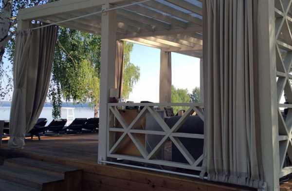 Как быстро сделать простой навес на даче от солнца