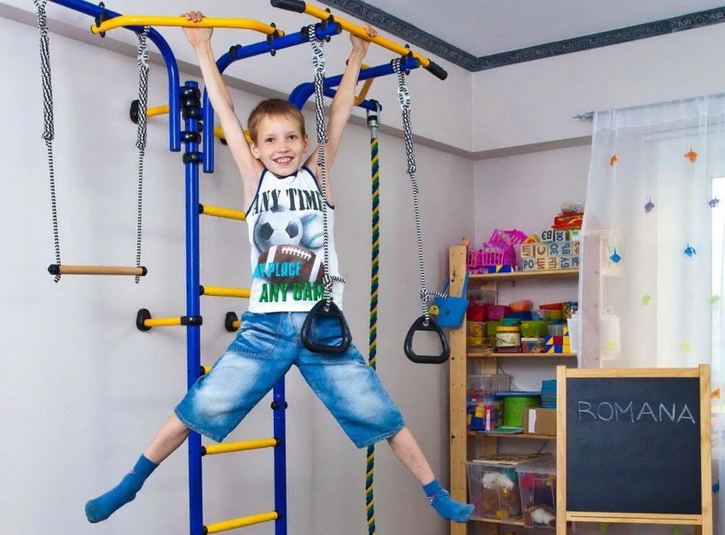 Спортивный уголок для детей в квартире, варианты комплектации, изготовление своими руками, видео
