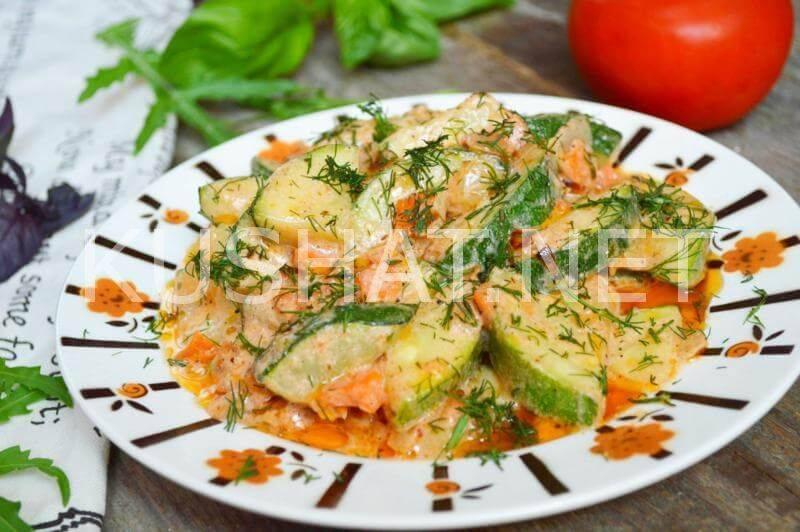 Кабачки тушеные рецепт  как тушить с морковью, луком, помидорами, тушение кабачков с мясом вкусно и быстро