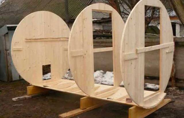 Строительство бани-бочки своими руками