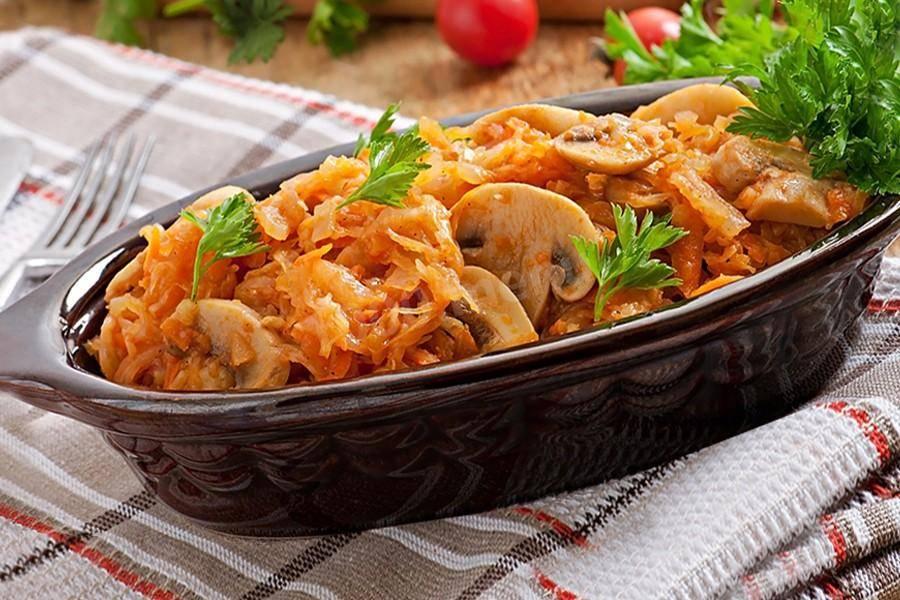 13 вкуснейших рецептов тушеной краснокочанной капусты