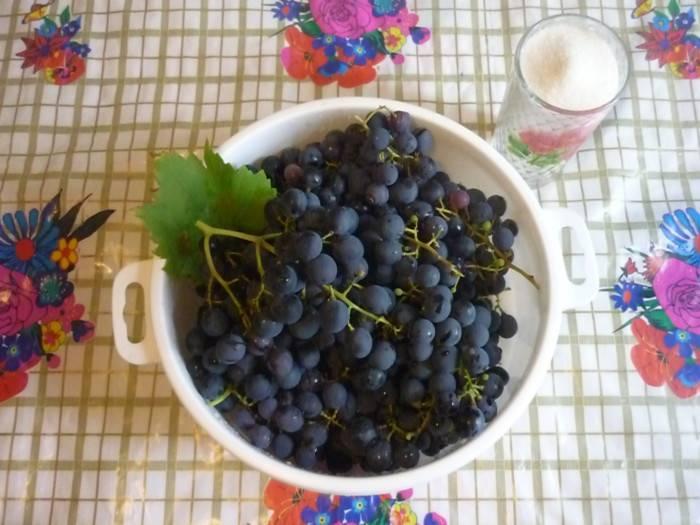 Варим компот из винограда