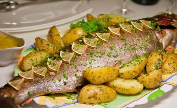 Запеченный судак в духовке - 17 домашних вкусных рецептов