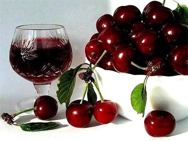 Делаем в домашних условиях великолепное вино из черешни