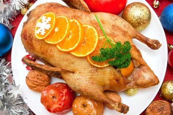 Мягкая и сочная утка в духовке в рукаве – пошаговые рецепты в домашних условиях