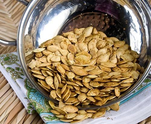 Тыквенные семечки: полезные свойства и противопоказания