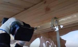 Как выбрать и повесить шторы для веранд и беседок
