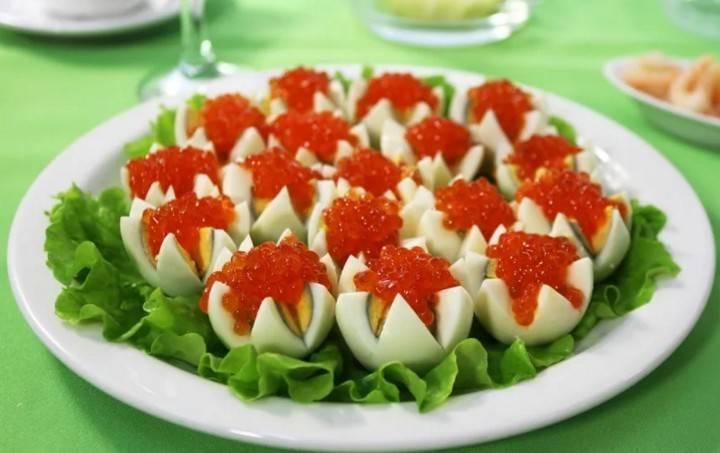 Закуска — фаршированные яйца, пошаговый рецепт приготовления, выбор продуктов, видео