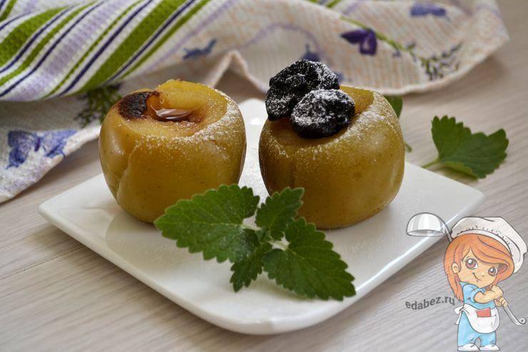 Печеные яблоки в духовке – вкусная ностальгия. рецепты печеных яблок в духовке: с медом, творогом, орехами, рисом, имбирем