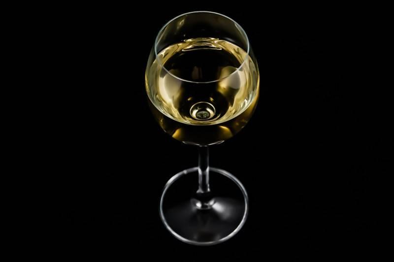 Вино из черноплодной рябины, простой рецепт пошагово