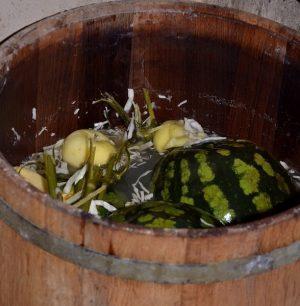 Соленый арбуз. важные нюансы приготовления соленых арбузов в бочке