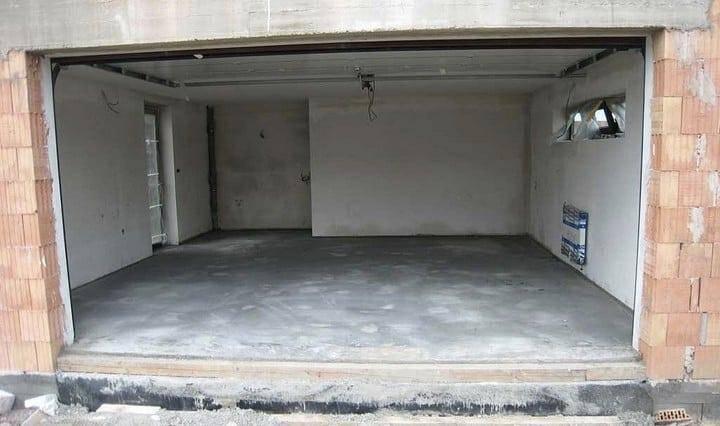 Как и из какого материала лучше сделать пол в гараже своими руками?