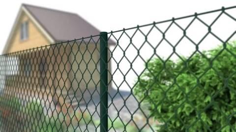 Забор из пластиковой сетки своими руками