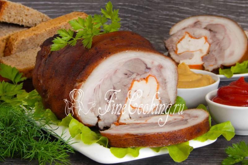 Готовим скрученную свиную рульку без кости