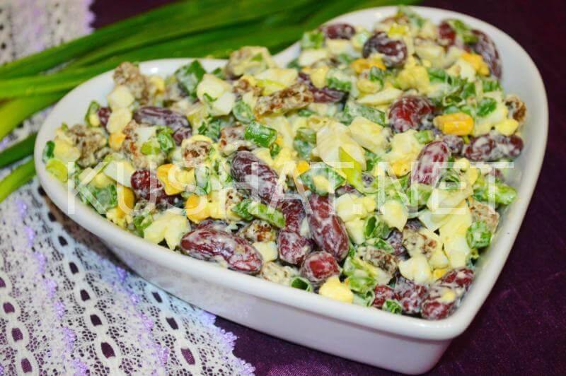 Похрустим? простые рецепты вкусных салатов из пекинской капусты с сухариками