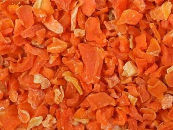 Морковный чай — польза и вред