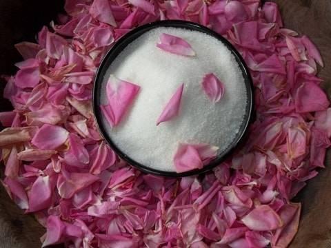 Варенье из лепестков роз польза и вред