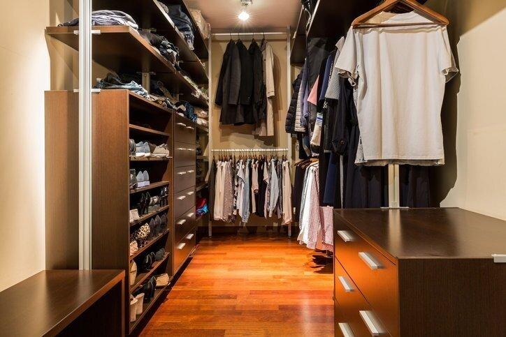 Как сделать освещение в гардеробной