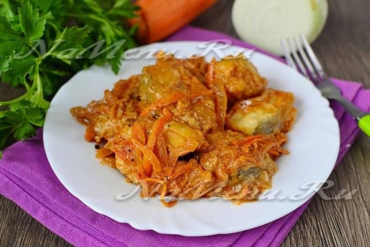 Тушеная рыба в духовке с овощами