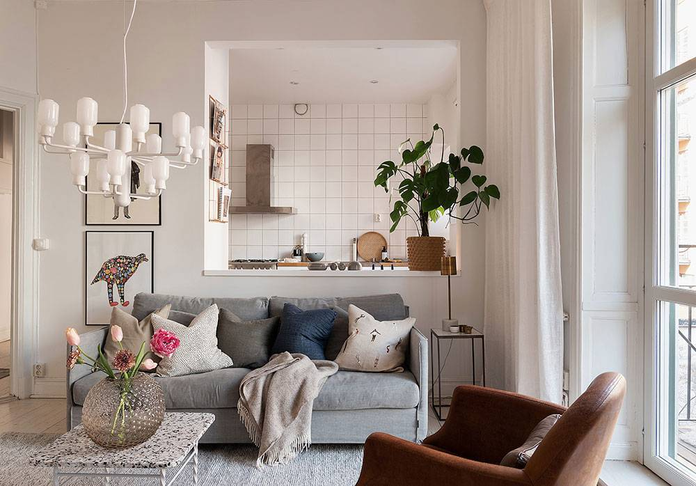 Стеклянные столы для кухни — современный взгляд на роскошный интерьер