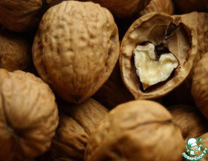 Скорлупа грецкого ореха: состав, полезные свойства и противопоказания