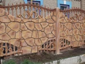 Все про бетонные декоративные заборы из панелей