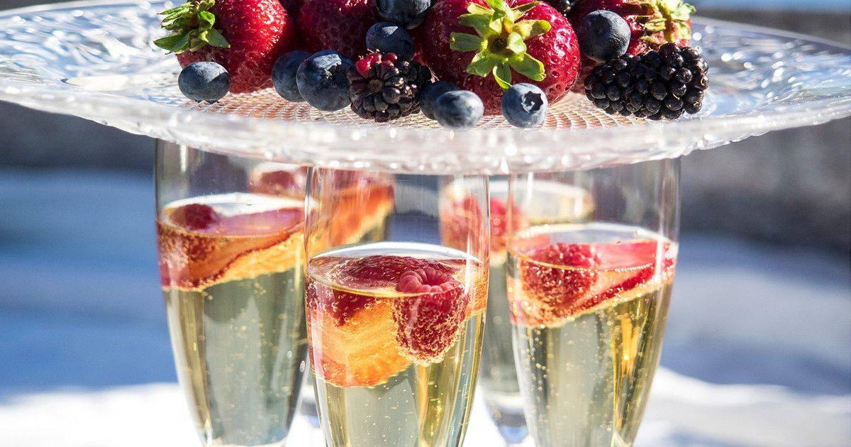 Закуски под шампанское – лучшие рецепты
