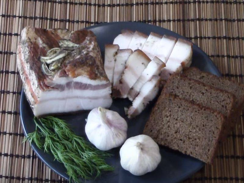 Самый вкусный рецепт сала в луковой шелухе в домашних условиях