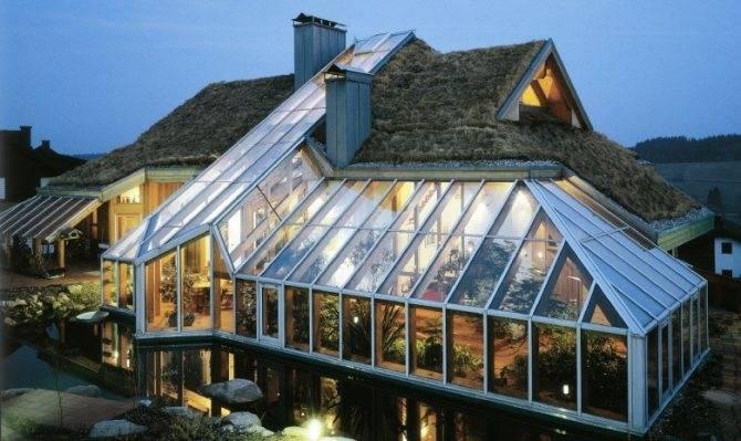 Устанавливаем теплицу на крыше или чердаке дома