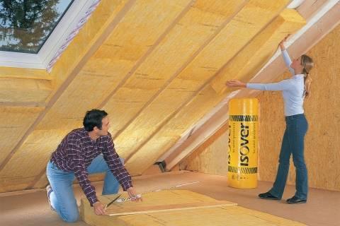 Утепление крыши мансарды – важный этап в строительстве загородного дома