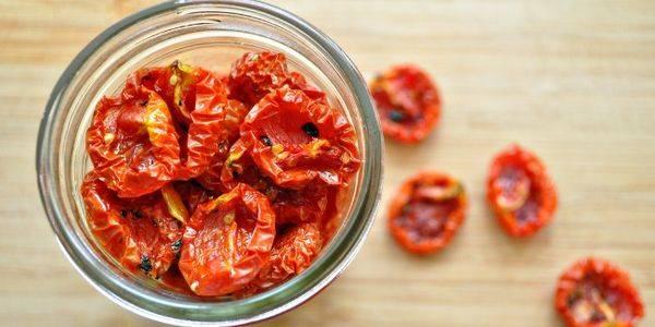Любимые рецепты вяленных помидор в духовке