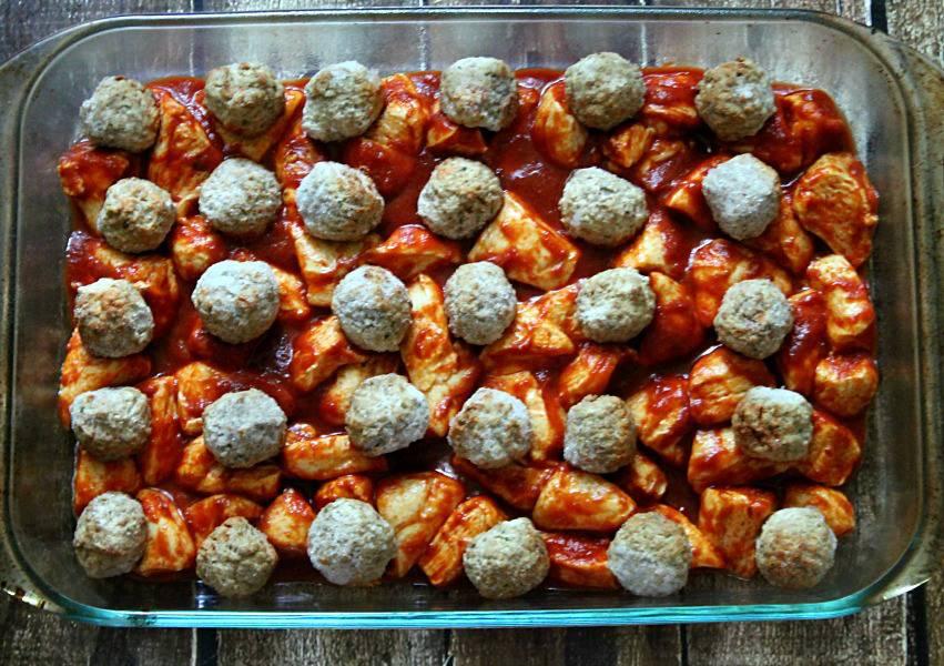 Тефтели с картошкой в духовке: рецепт необычный и оригинальный