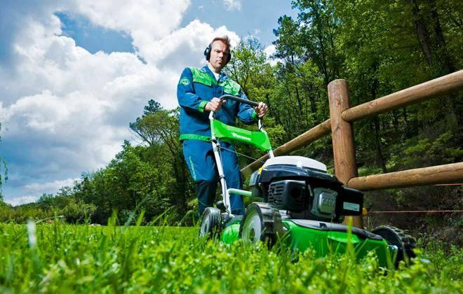 Бензиновые газонокосилки mtd – помощники в садовых работах