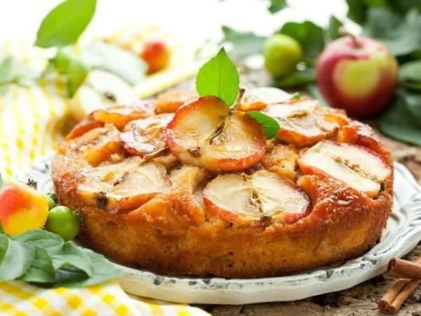 Шарлотка в мультиварке с яблоками - 5 рецептов с фото пошагово