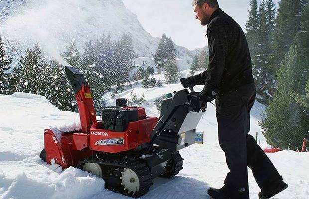 Снегоочиститель и снегоотбрасыватель для частного дома, дачи и дворовых территорий – как выбрать снегоуборщик