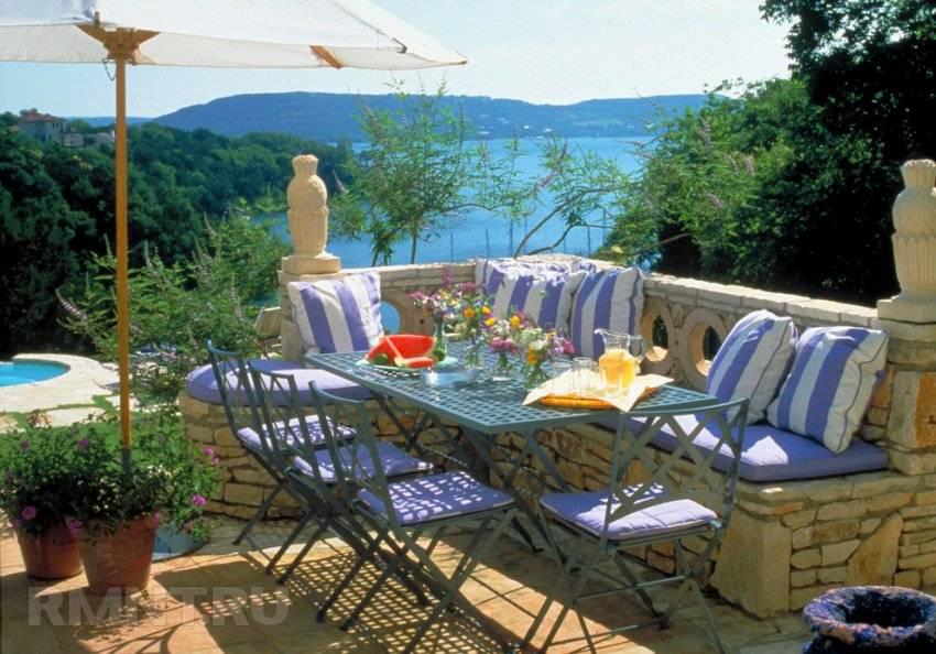 Средиземноморский стиль в интерьере: описание и фото-примеры